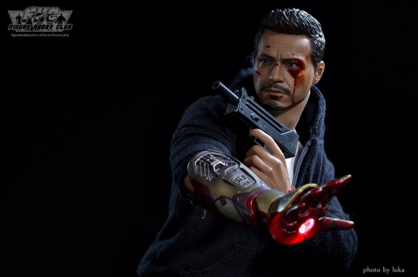 hottoys-tony-stealth-luka-024