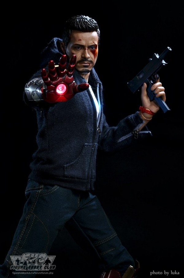 hottoys-tony-stealth-luka-026