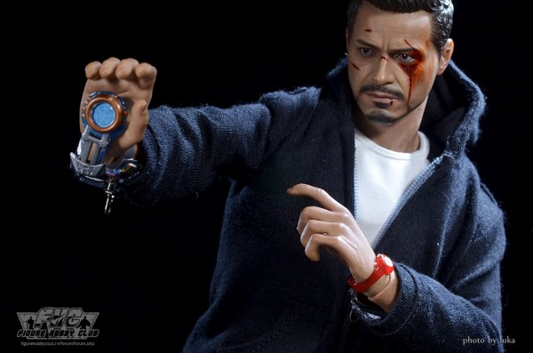 hottoys-tony-stealth-luka-036