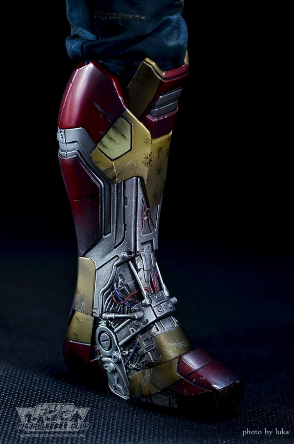 hottoys-tony-stealth-luka-045