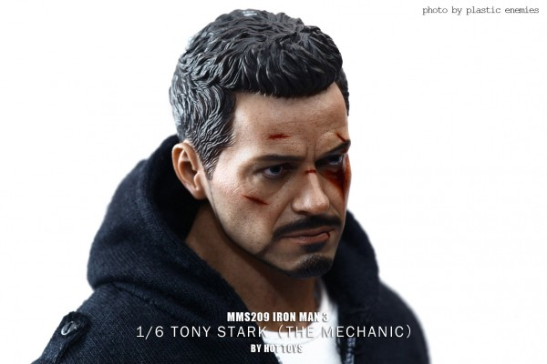 hottoys-tony-stealth-plastic-enemy-013