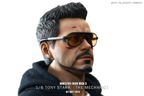 hottoys-tony-stealth-plastic-enemy-015