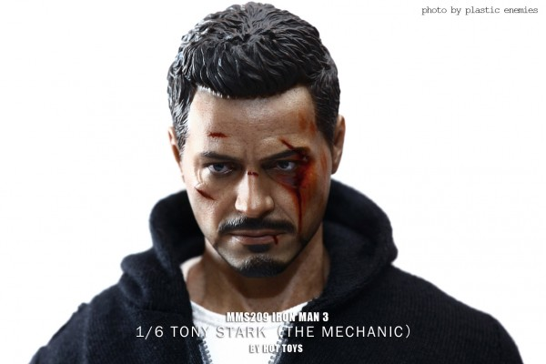 hottoys-tony-stealth-plastic-enemy-018