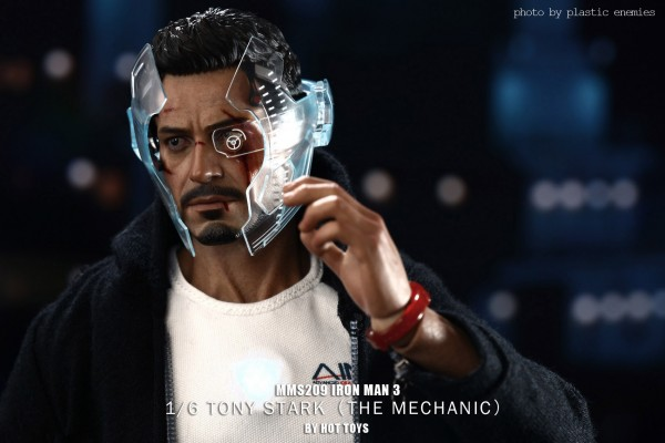 hottoys-tony-stealth-plastic-enemy-032