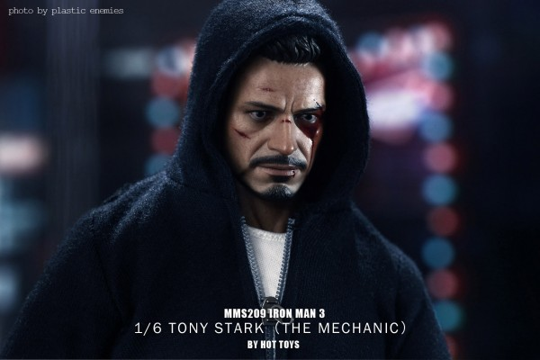hottoys-tony-stealth-plastic-enemy-033