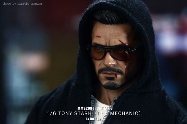 hottoys-tony-stealth-plastic-enemy-034