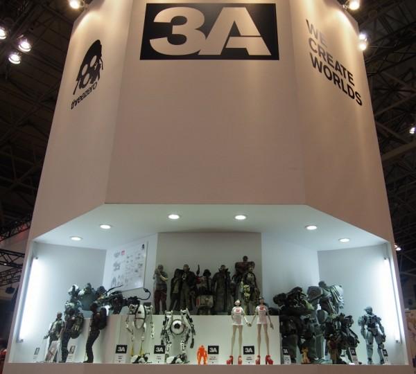 2013年日本WF展,threeZero和threeA共用一个展台