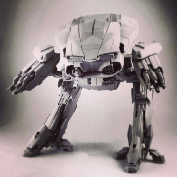 threezero-ed209-gray