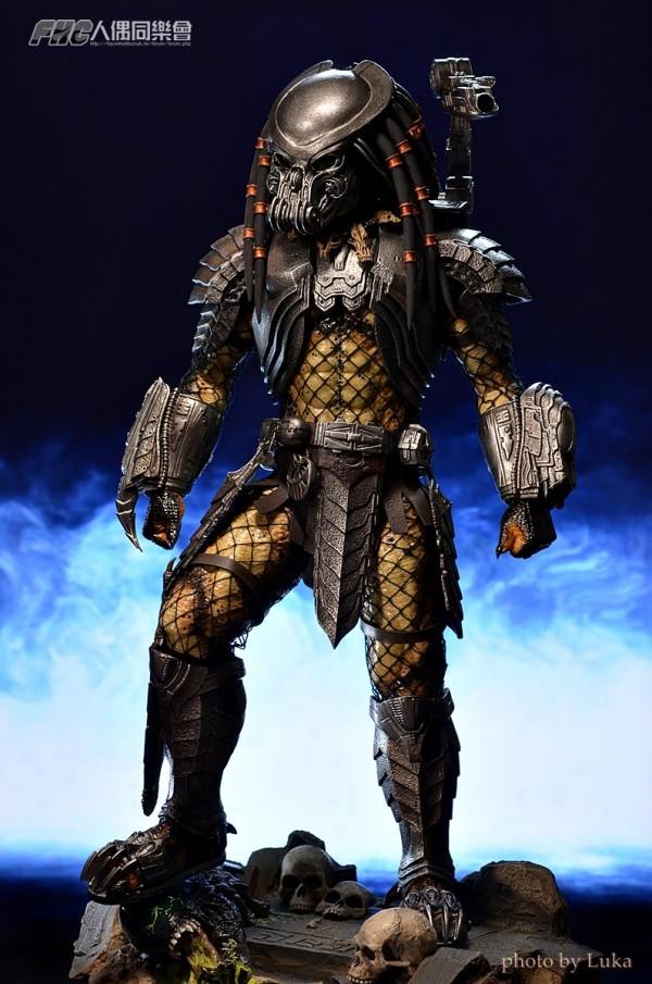 hottoys-celtic-predator-luka-006