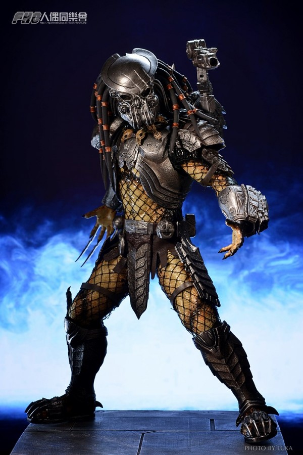 hottoys-celtic-predator-luka-024