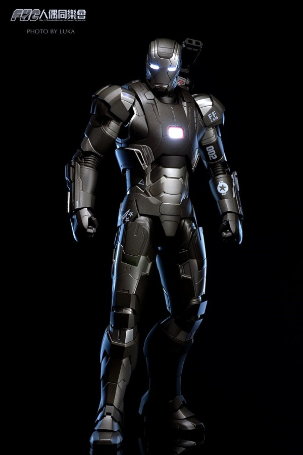 hottoys-ironman3-war-machine-luka-005