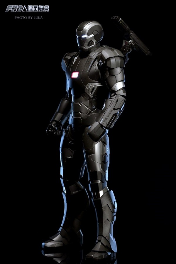 hottoys-ironman3-war-machine-luka-007