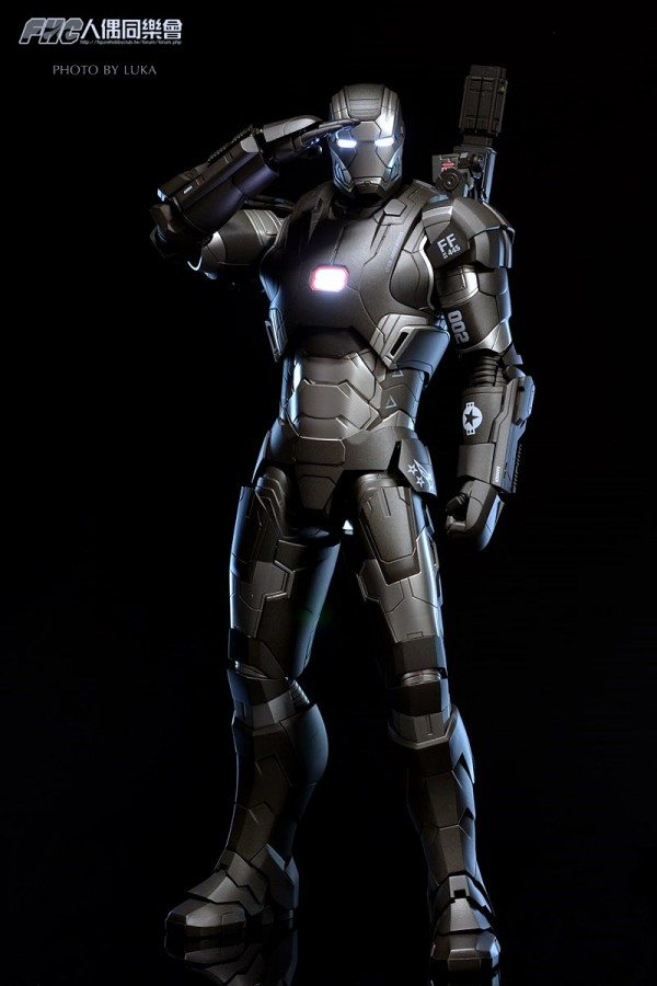 hottoys-ironman3-war-machine-luka-014
