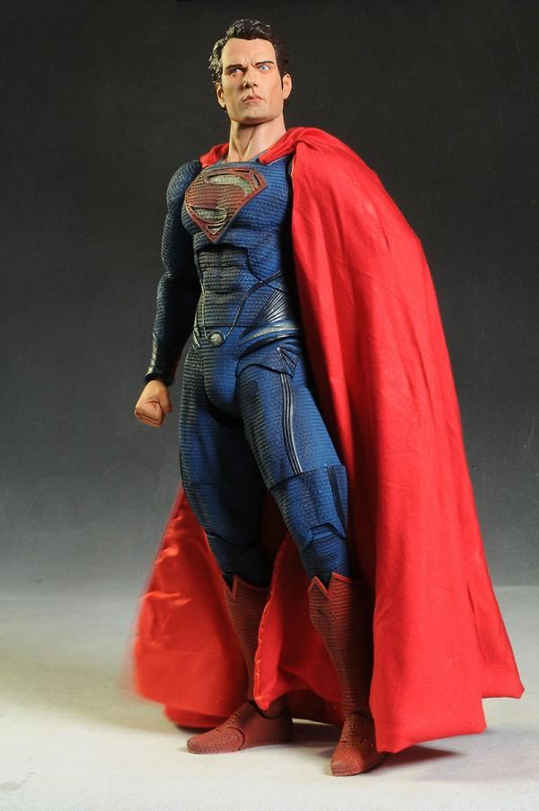 neca-18inch-superman-002