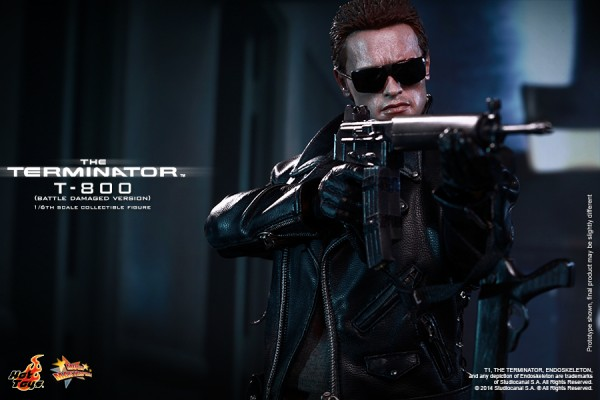 hottoys-t800-t1-t-010