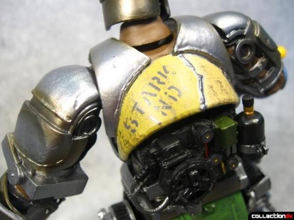 kaiyodo-mk1-ironman-004