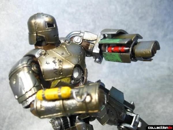 kaiyodo-mk1-ironman-010