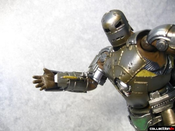 kaiyodo-mk1-ironman-030