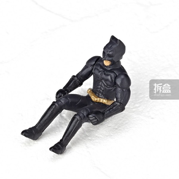 kaiyodo-revoltech-the-bat-full-011