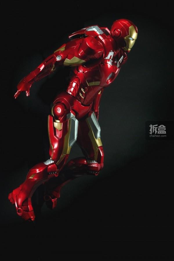 neca-18inch-ironman-012