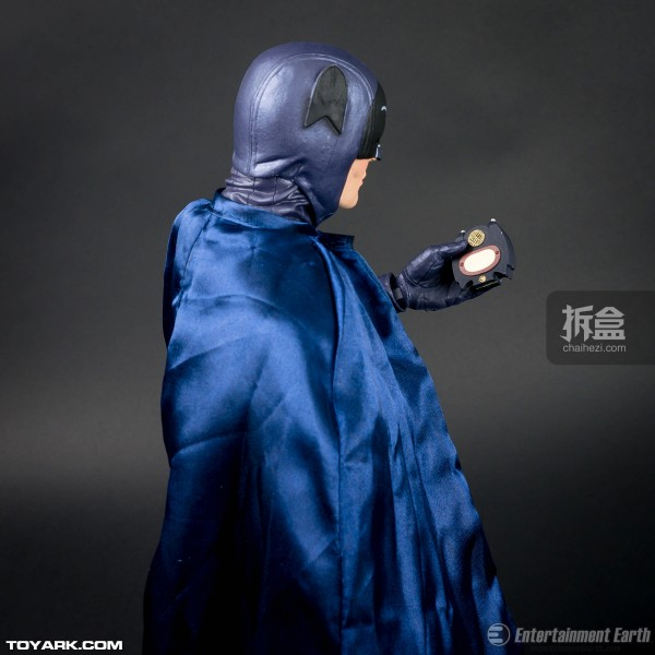 neca-1960s-batman-adam-019