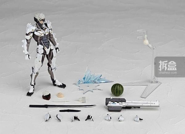 revoltech-raiden-white-006