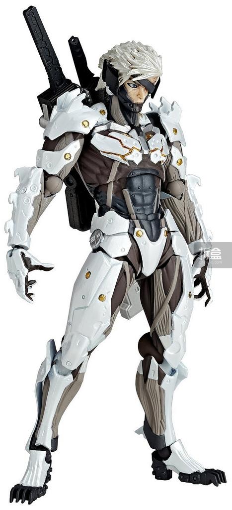 revoltech-raiden-white