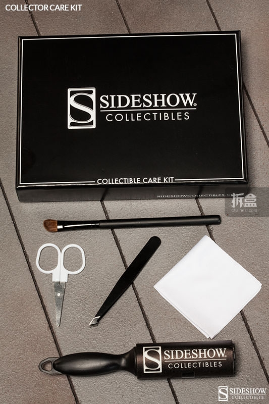sideshow-book-and-tools-012