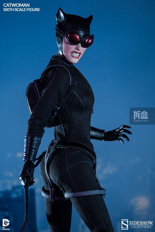 sideshow-catwoman-action-figure-003
