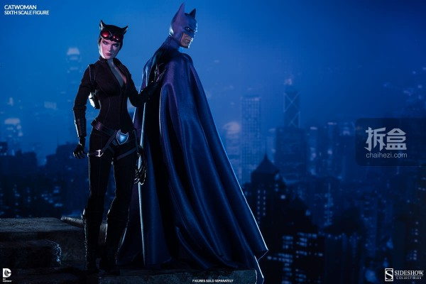 sideshow-catwoman-action-figure-010