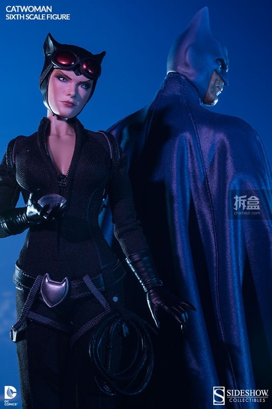 sideshow-catwoman-action-figure-011