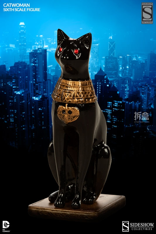 sideshow-catwoman-action-figure-012