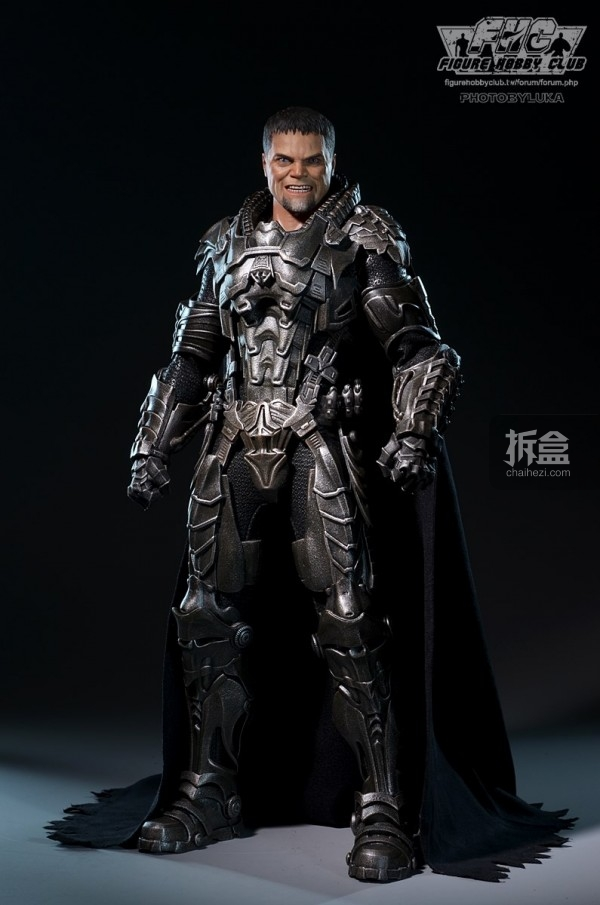 hottoys-man-of-steel-general-zod-luka-003