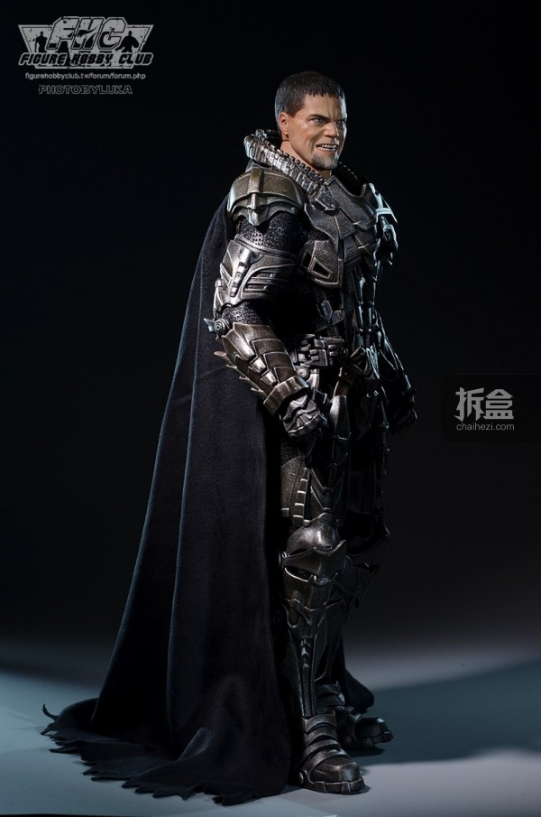 hottoys-man-of-steel-general-zod-luka-005