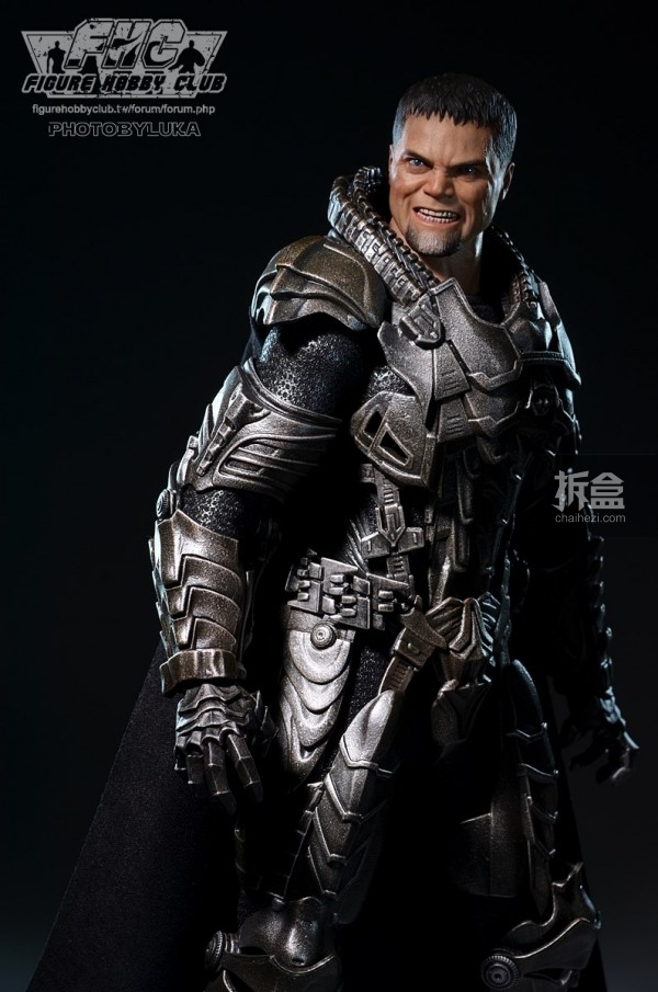 hottoys-man-of-steel-general-zod-luka-011