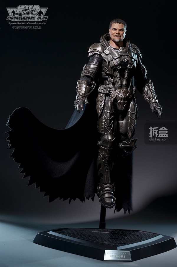 hottoys-man-of-steel-general-zod-luka-012