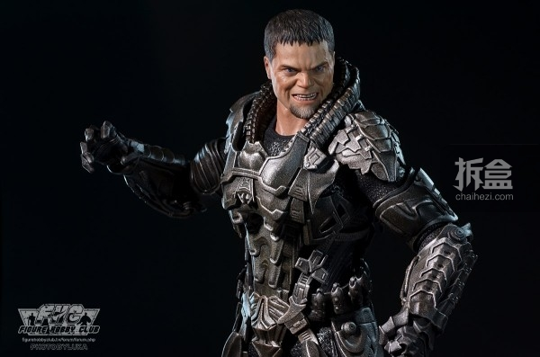 hottoys-man-of-steel-general-zod-luka-031