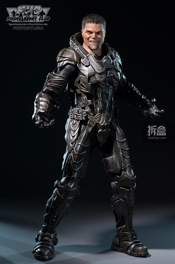 hottoys-man-of-steel-general-zod-luka-033