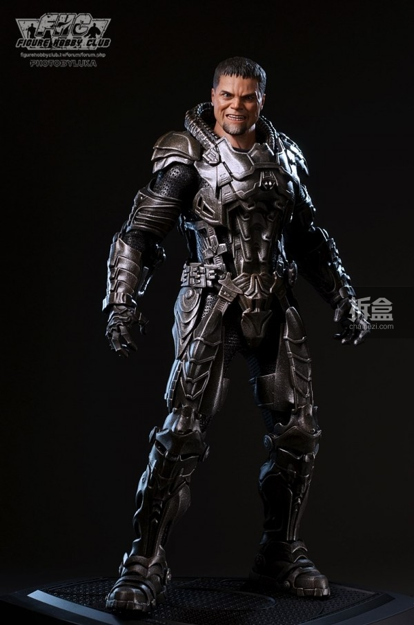 hottoys-man-of-steel-general-zod-luka-037