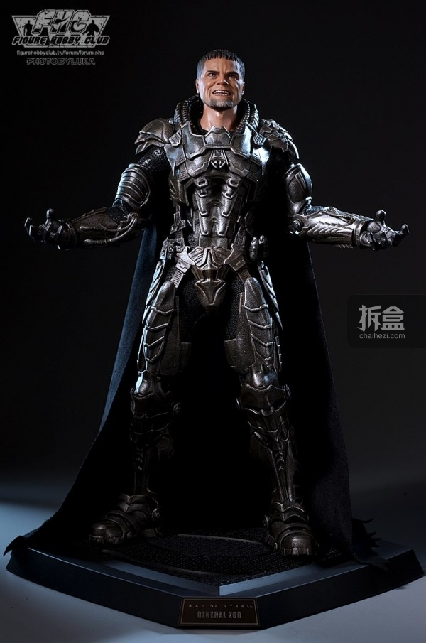 hottoys-man-of-steel-general-zod-luka-039