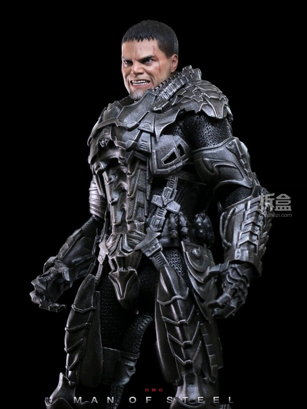 hottoys-man-of-steel-general-zod-omg-010