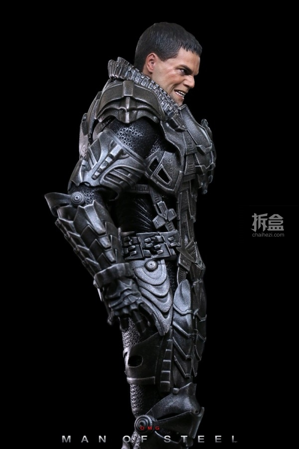 hottoys-man-of-steel-general-zod-omg-013