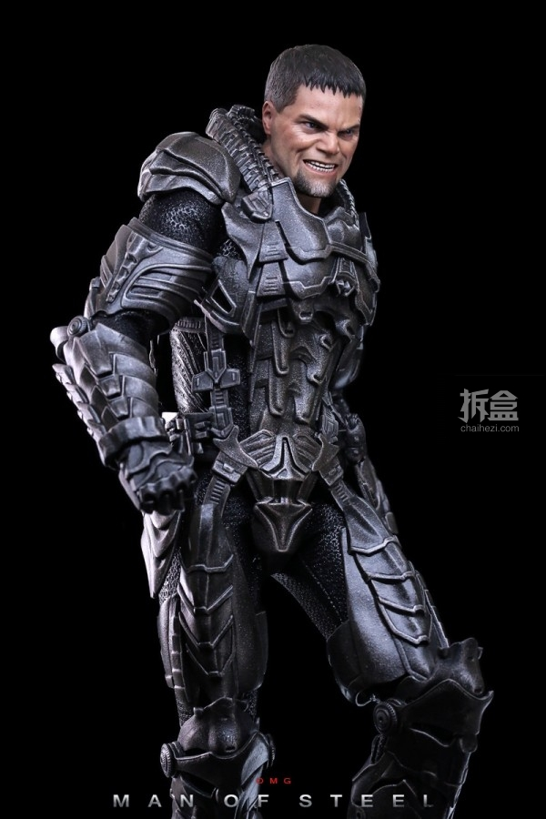 hottoys-man-of-steel-general-zod-omg-017
