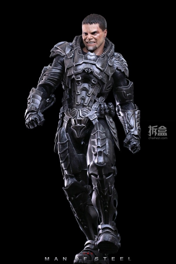 hottoys-man-of-steel-general-zod-omg-018