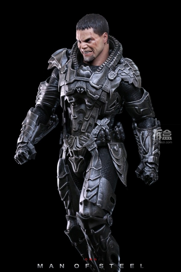 hottoys-man-of-steel-general-zod-omg-019
