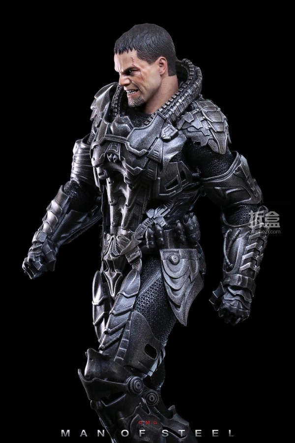 hottoys-man-of-steel-general-zod-omg-021