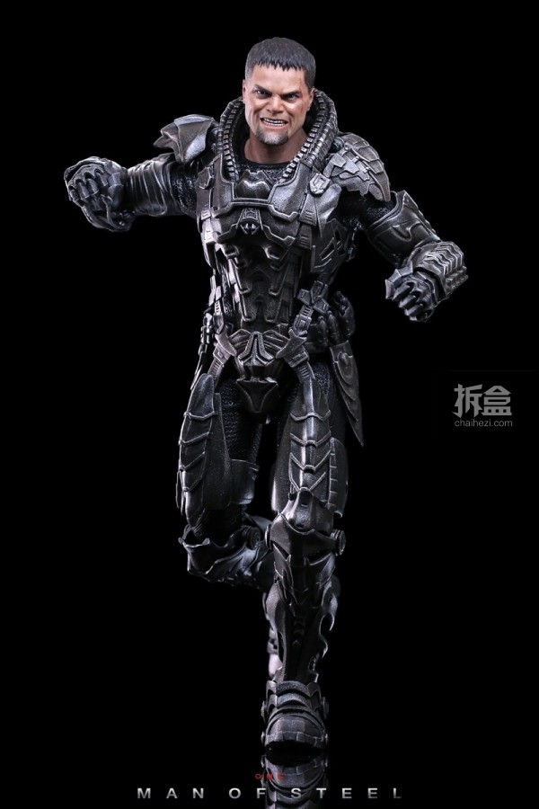 hottoys-man-of-steel-general-zod-omg-024