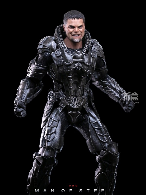 hottoys-man-of-steel-general-zod-omg-028