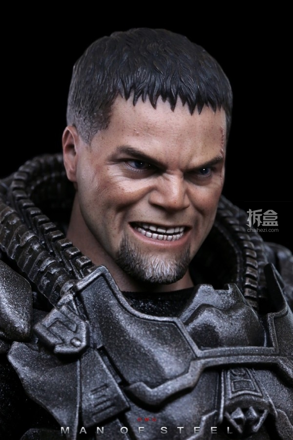 hottoys-man-of-steel-general-zod-omg-031
