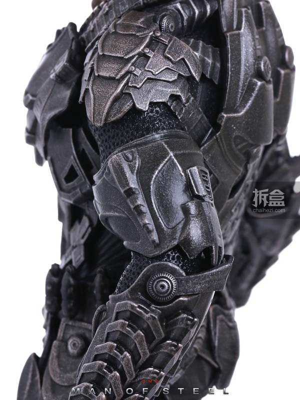 hottoys-man-of-steel-general-zod-omg-065